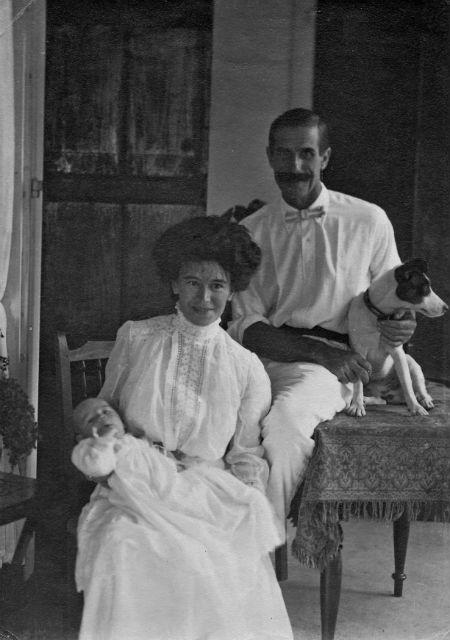 H.C.H.,  Lillian  and Hugh Conor. Mahe 1910.