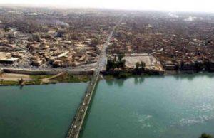 Tigris River and bridge in Mosul. US Army Photo/Michael Bracken. Public Domain.