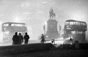 """London's """"killer fog"""" of 1952"""